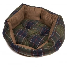 Barbour Wax/Cotton Dog Classic Bed 30